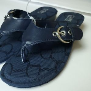 Chaps womens memory foam sandals size 6